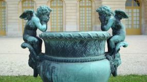 Cherubs on planter, Versailles, France