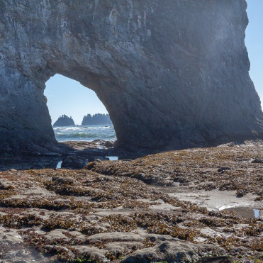 Hole-in-the-Wall at Rialto Beach